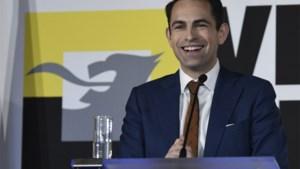 """Vlaams Belang lanceert petitie voor nieuwe verkiezingen: """"Luister naar het volk"""""""