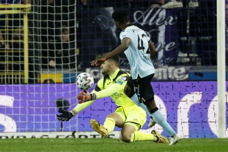 Anderlecht botst op Gouden Schoen Vanaken en verliest met 1-2 van Club Brugge in aangename topper