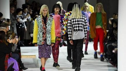 Comme des Garçons krijgt hevige kritiek op kapsels van modellen
