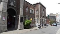 Geïnterneerde valt twee cipiers aan in gevangenis Antwerpen