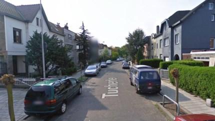 Politie neemt achtergelaten Franse huurauto in beslag