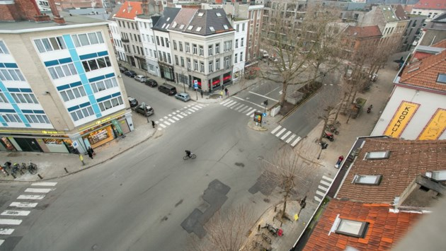 """Zestien maanden werken in Kasteelpleinstraat en Kronenburgstraat: """"We brengen orde in de asfaltchaos"""""""