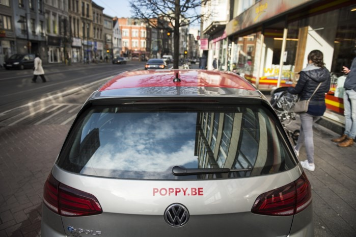'Gehackte' Poppy klemgereden, autodeelplatform bouwt extra controle in tegen misbruik