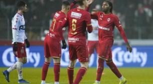 Antwerp dankt Mbokani en vervloekt Lamkel Zé na bloedstollende bekerthriller tegen Kortrijk