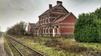 "Station van Oppuurs staat te koop: ""Nieuwe eigenaar moet rekening houden met wetgeving"""