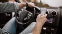 28 bestuurders betrapt met gsm achter het stuur