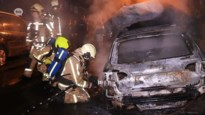 VIDEO. Autobrand in Beveren opzettelijk aangestoken