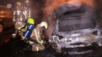 VIDEO. Autobrand in Beveren opzettelijk aangestoken