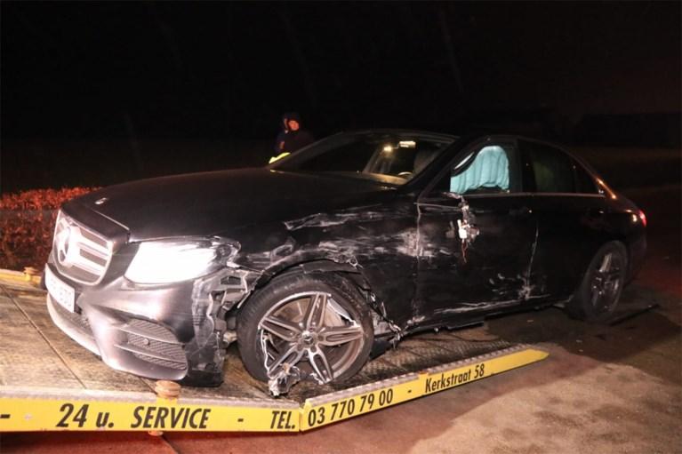 VIDEO. Enorme ravage en zelfs gaslek nadat bestuurder was geslipt aan hoge snelheid in Sint-Gillis-Waas