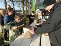 Grote Vogelweekend: Kinderen timmeren nestkastjes