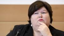 """Minister De Block: """"Kans reëel dat er ook in België gevallen van coronavirus infecties opduiken"""""""