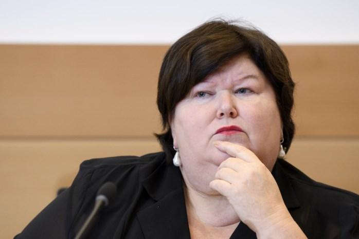 """Maggie De Block: """"Niet normaal dat arts die geen behandelrelatie met patiënt heeft, dossier kan inkijken"""""""