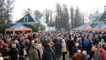 Hof ter Linden voor het eerst  decor voor nieuwjaarsdrink
