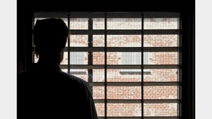 19-jarige neemt hasj mee naar gevangenis