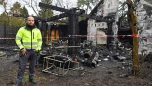 """Eigenaar doet warme oproep voor huurders na verwoestende brand: """"Ze zijn alles kwijt"""""""