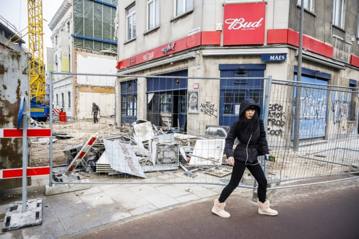 """Vaarwel Hill Diar! Cafébazen over hét studentencafé van Antwerpen: """"Die sfeer krijg je nooit meer terug"""""""