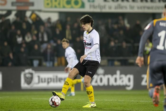 "Lokerse debutant Mathéo Parmentier jongste speler ooit in 1B: ""Naast Overmeire spelen, een droom die uitkwam"""