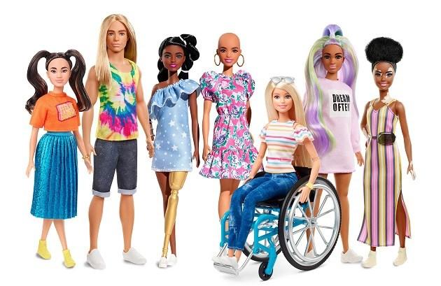 Barbie komt nu ook in kale versie en met vitiligo