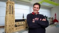 """Eddy Merckx bouwt Sint-Rombouts na in Lego: """"Met zo'n naam moet je iets speciaals doen"""""""