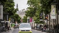 Winkeldievegge verliest bewustzijn bij valpartij tijdens vlucht