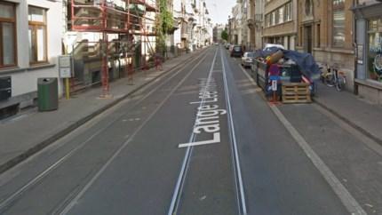 Fietser belandt in tramsporen en raakt zwaargewond