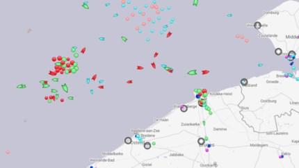 30 zeeschepen liggen te wachten voor Antwerpse haven door vakbondsactie