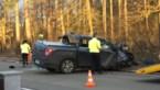 25-jarige ernstig gewond na klap tegen boom