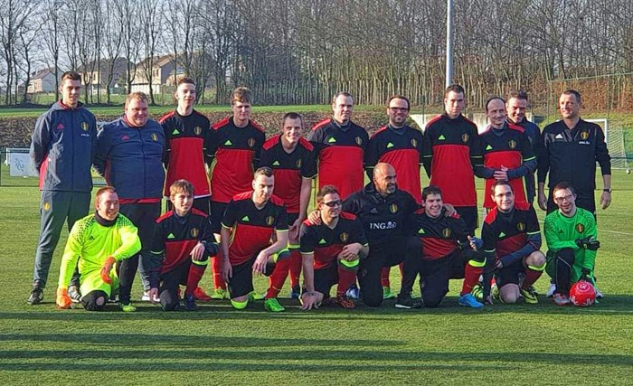 Schelle Sport vaardigt Glenn (19) en Jitse (22) uit voor nieuw nationaal G-voetbalteam Special Devils