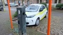 """Brasschaat wil elektrisch rijden stimuleren: """"Bewoners kunnen zelf laadpaal aanvragen"""""""