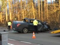25-jarige automobilist uit Hulshout ernstig gewond na klap tegen boom