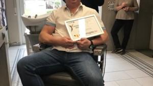 """Kapper Gino verkozen tot vriendelijkste handelaar: """"Toen ik 11 was, wist ik al dat ik coiffeur ging worden"""""""