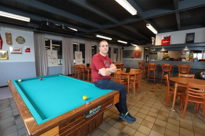 """Cafetaria-uitbater ziet omzet kelderen door sluiting zwembad: """"Soms tot 80 procent minder volk"""""""