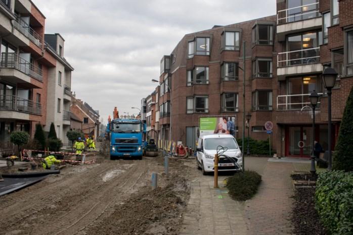 """Opnieuw vertraging voor werkzaamheden op Lierbaan, maar buurt blijft positief: """"Werkmannen vorderen goed"""""""