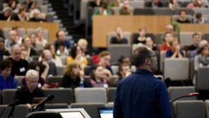 Staten-generaal moet herwonnen vertrouwen met sociaal middenveld bezegelen: stadsbestuur neemt acties op in meerjarenplanning