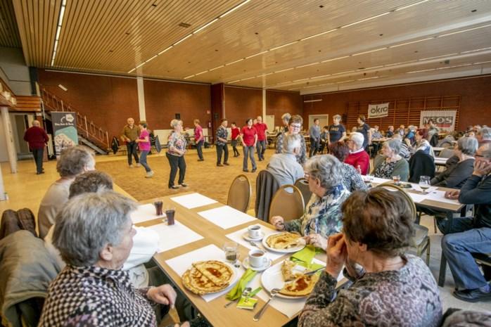 Seniorenraad viert kwarteeuw met gratis pannenkoeken