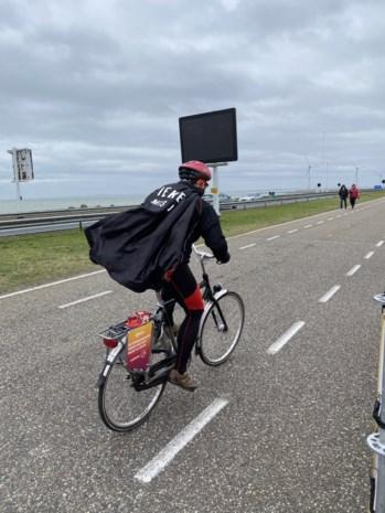 Uitgerekend vandaag! Nederlands kampioenschap 'tegenwindfietsen' was een straffe editie