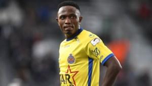 """Beni Badibanga speelt vijftigste match voor Waasland-Beveren: """"Hier kreeg ik mijn kans, nu wil ik iets teruggeven"""""""