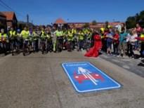 """Politie voert extra controles uit in fietsstraten na eerste evaluatie: """"Auto's rijden te snel en fietsers worden ingehaald"""""""