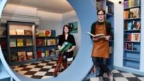 """Verborgen boekenwinkel met wijnbar op Hopland: """"We hebben bewust geen wifi"""""""