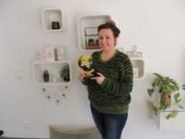 Nies (34) wint award met blog waarin ze reisavonturen met man en kindjes deelt