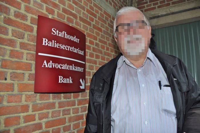 Advocaat meldt vonnis te laat aan cliënt en vervalst dan maar datum in brief