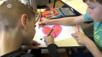 Beverse school verwelkomt asielzoekers met papieren hartjes