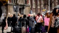 Amsterdam heeft het gehad met luide trolleys van toeristen