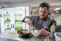 """De Gasthofhoeve laat ingrediënten groeien in eigen kweekkast: """"Ook in de winter kweken we kruiden in onze keuken"""""""