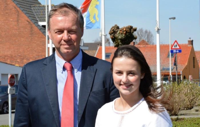 """Jongste commissievoorzitter ooit Laura Adriaenssens (19) neemt ontslag als raadslid: """"Jammer, maar jonge mensen moeten hun hart volgen"""""""