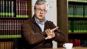 """Politicoloog Carl Devos over de impasse: """"Binnen CD&V nog altijd verdeeldheid over Vivaldi"""""""
