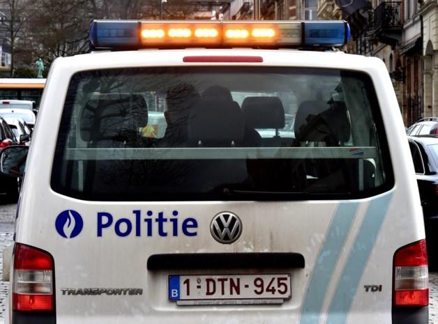 Roekeloos manoeuvre loopt mis: vier wagens beschadigd