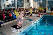 """Laatste interscholenzwemweddstrijd onder huidige vorm vult oud zwembad: """"Niet zeker of er nog een volgende keer komt"""""""