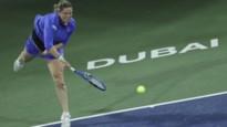 """Kim Clijsters verlaat Dubai met opgeschroefd zelfvertrouwen: """"Mijn trainer had me die splits eigenlijk verboden"""""""