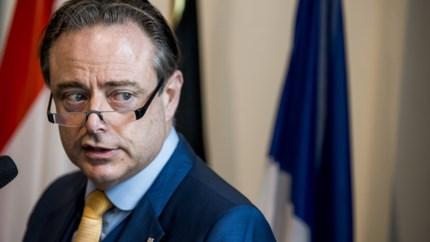 """Bart De Wever (N-VA) : """"Taal van de macht is de enige die PS begrijpt"""""""